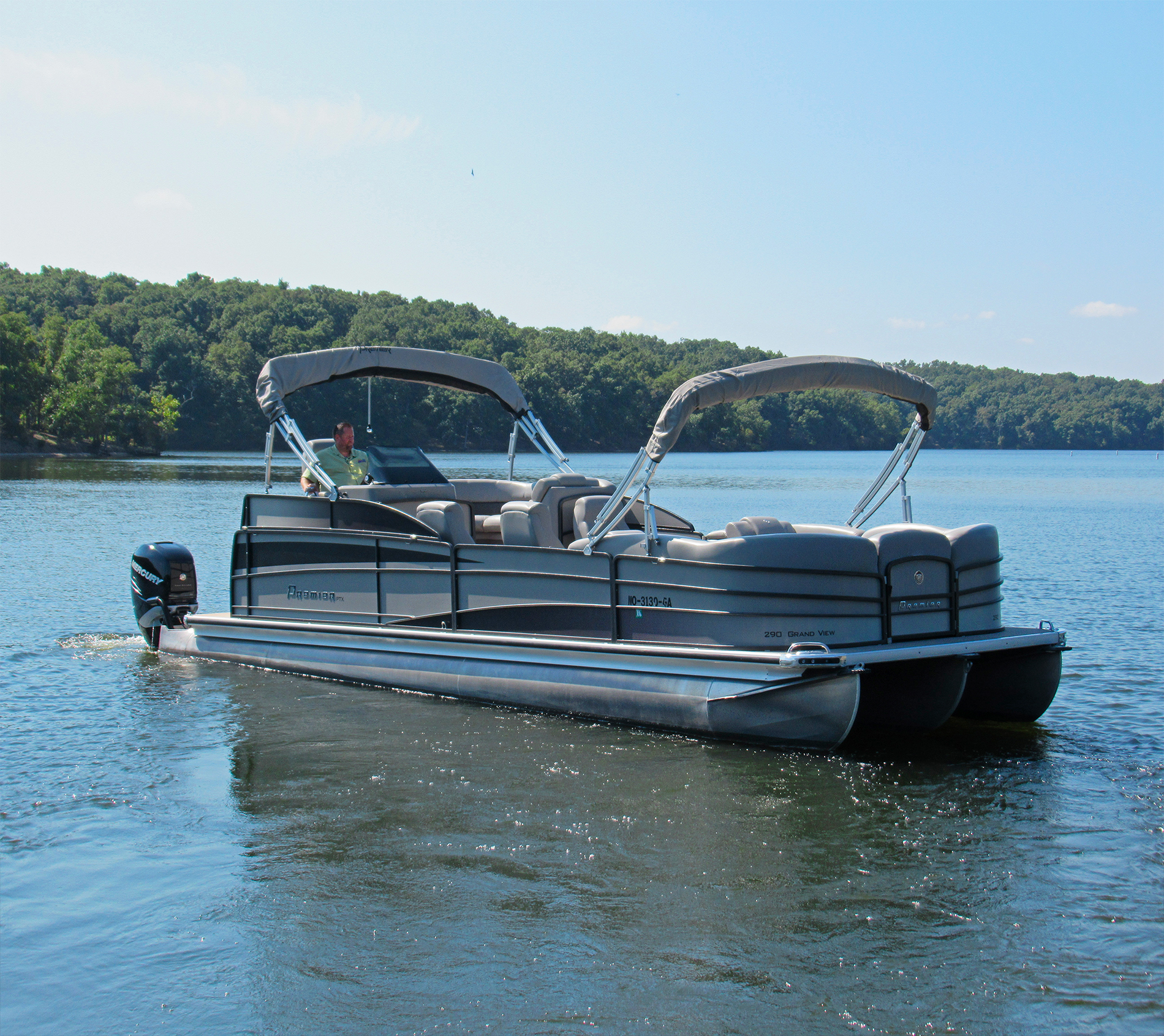 Premier Grand View 290 pontoon boat for sale