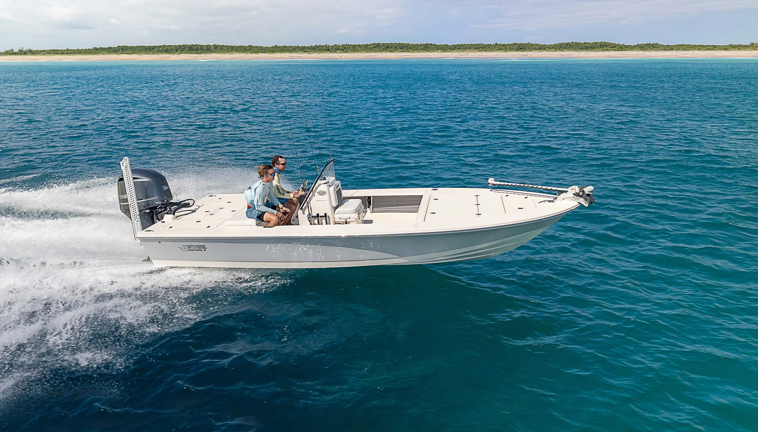 2021 Hewes Redfisher 21 Flats Boat Fishing Boat