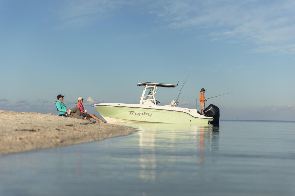 Bayliner Tropy T22 Fishing Boat. Photo: Bayliner.