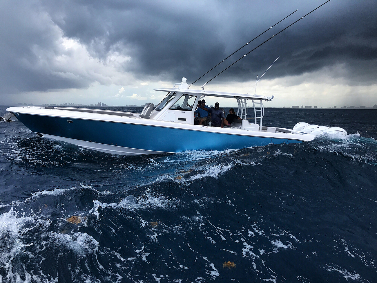 Top 10 Center Console Fishing Boat Manufacturers In 2020 Boat Trader Blog
