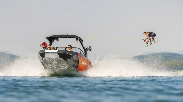 The Moomba Helix serves up performance, luxury, and fun at a reasonable price. Moomba photo.