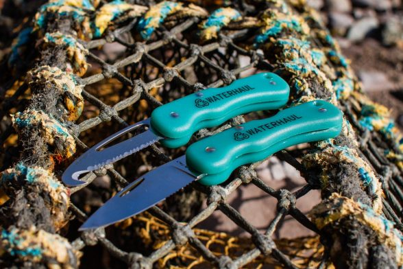 Recycled-pocketknives-made-from-recycled-fishing-nets