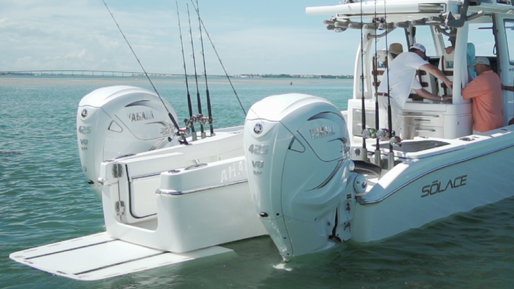 Solace 345 Center Console. Photo by Solace Boats