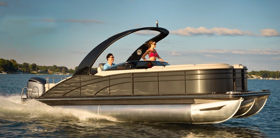 Bennington's new 2375 RSBW has an aft sunpad that can also be converted to expand the boat's interior L-shaped lounge. Photo courtesy of Bennington Marine.