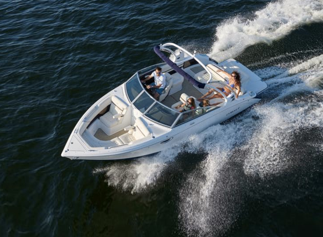 Cobalt R5 Runabout Boat.