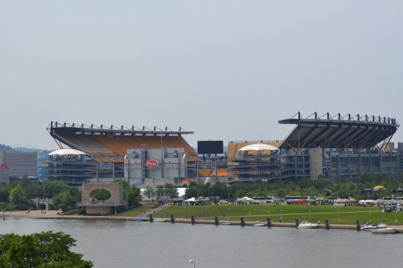 Sitting on the shore of the Allegheny River, Heinz Field is a natural destination for boat-gating. Photo by Justin Goetz.