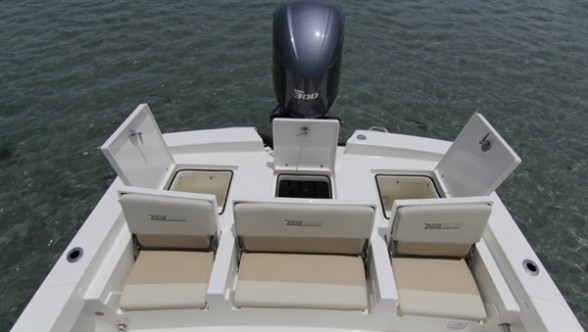36-gallon livewell, jump seats, and all sorts of stowage make the aft casting deck on the Pathfinder 2600 a real shape-shifter.