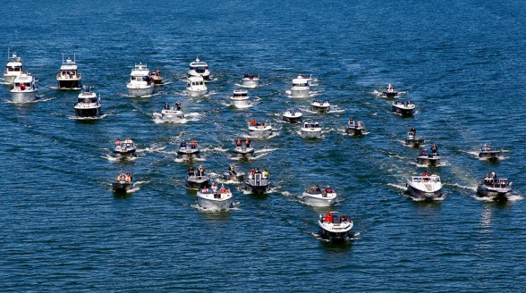The sheer variety of powerboat types can be bewildering. The sheer variety of powerboat types can be bewildering.