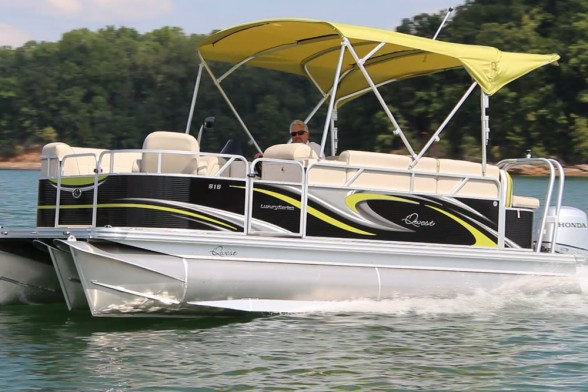 When it comes to pontoon boats, light weight can be a good thing. At cruising speed with the BF100 you can expect to get five or six MPG.