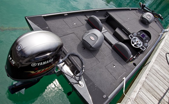 You'll find tons of concealed, under-deck stowage for your fishing tackle and gear on the Ranger RT188.