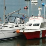 10 Tips on How to Tow a Disabled Boat